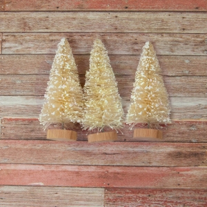 Prima Marketing Christmas In The Country Sisal Trees