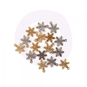 Prima Marketing Christmas In The Country Snowflake Charms